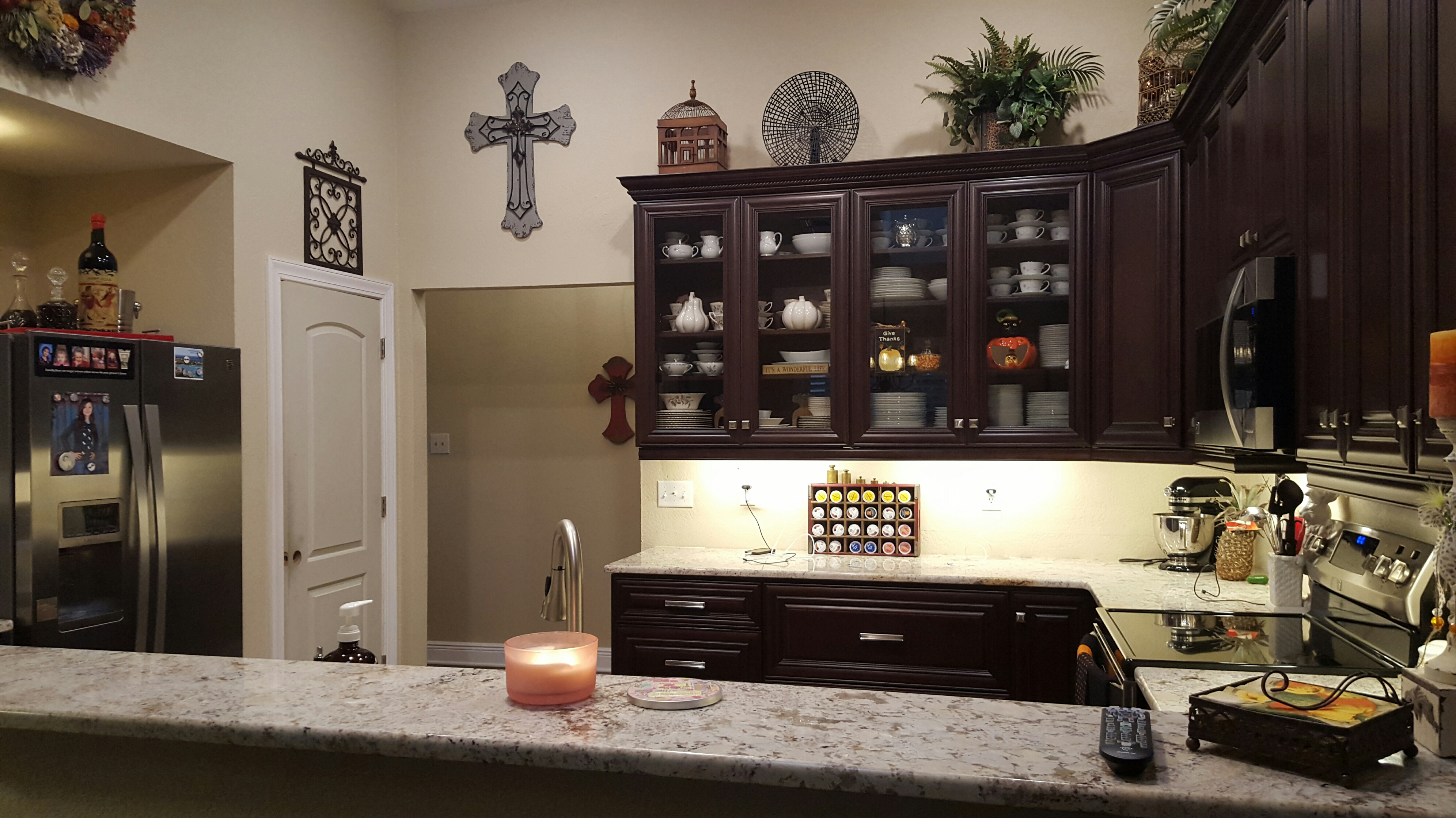 Kitchen cabinet refacing los angeles 13 with kitchen for Kitchen cabinets you put together